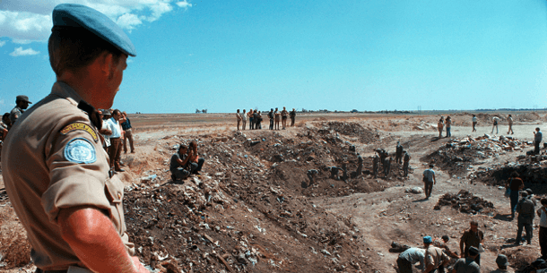 Fredsbevarare övervakar område på Cypern,1974 (Foto: UN Photo / Yukata Nagana).