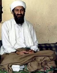 Osama bin Laden under et intervju med journalist Hamid Mir.