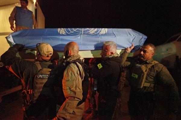 I april 2011 dödades sju FN-anställda i en attack mot FN: s styrka i Afghanistan (UNAMA). Foto: UN Photo / Eric Kanalstein
